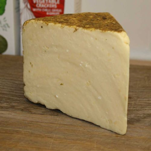 Worcester Hop Cheese, cheddar in toasted hops, formerly called Hereford Hop